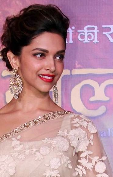 Best Dipsss Images On Pinterest Bollywood Actress Indian - Bun hairstyle of deepika padukone