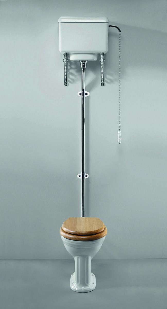 »Toilette BELGRA mit Spülkasten hochhängend« von Replicata - Spülkasten und Betätigungsgriff  - Replikate