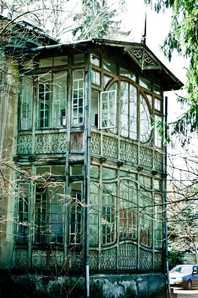 Abandoned Konstancin - Jeziorna in Piaseczno County,Masovian Voivodeship, Poland. Photo by Łukasz Świetlik.