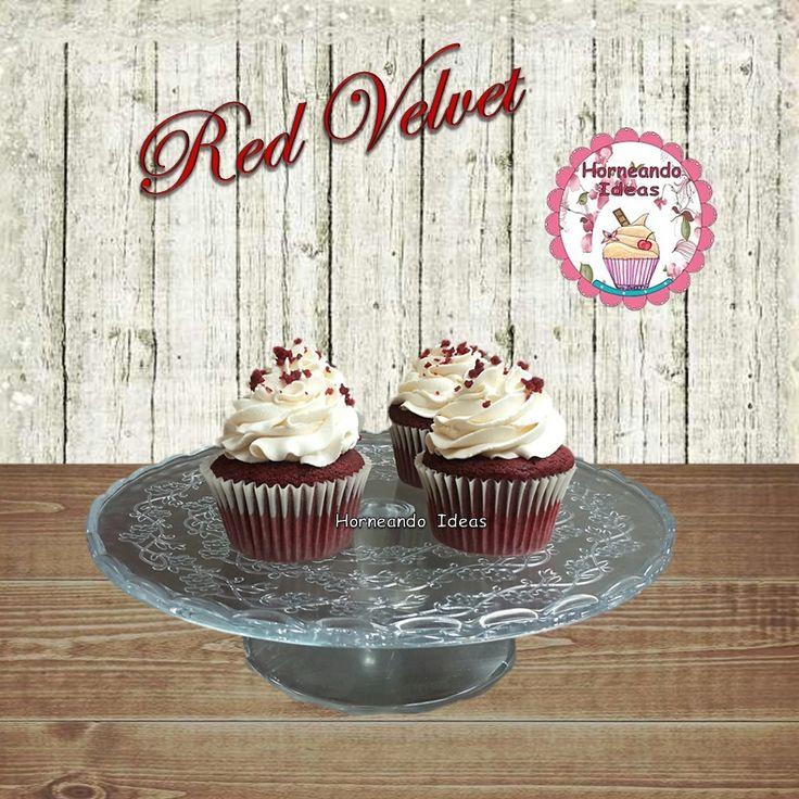 Cupcake Red Velvet con Crema Mascarpone. Horneando Ideas. www.horneandoideas.com