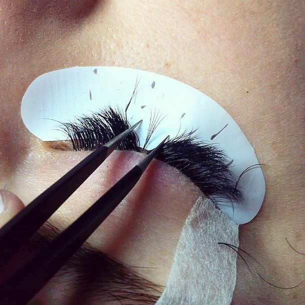 Considering getting eyelash extensions? These are the ten things to know before you go. Above all, don't be afraid to ask your lash tech questions! They are working with glue near your eyes.