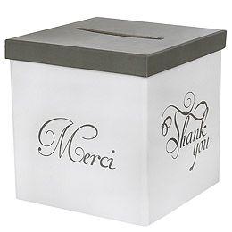 Urne Tirelire blanche et grise Merci. Cette urne de mariage élégante et sobre donnera envie à vos invités de vous faire un joli cadeau : http://www.mariage.fr/shop/l-urne-tirelire-blanc-et-gris-merci-mariage-les-accessoires-du-mariage.htm