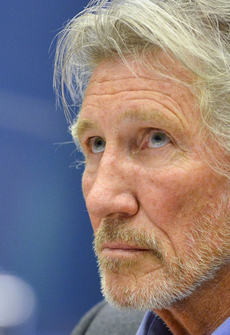 Roger Waters, baixista e co-vocalista da banda Pink Floyd.