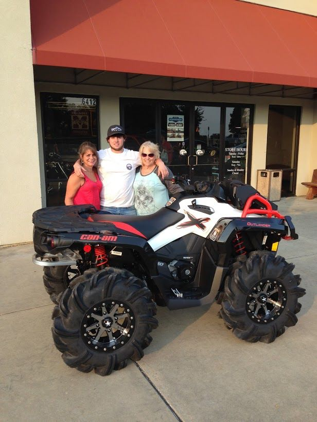 Thanks to Debra and Shelby Sasser, and Marjorie Hooks from Raymond MS for getting a 2016 Can-Am Outlander Xmr 650 at Hattiesburg Cycles.