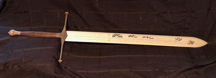 Game of Thrones: Wooden replica of Ned Stark's sword, Ice.