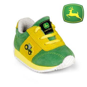 John Deer baby shoes... i love john deer! haha