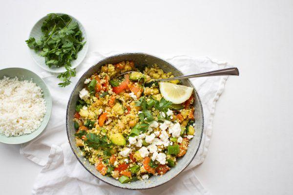 Bloemkoolcouscous+met+groenten,+kikkererwten,+feta+en+peterselie