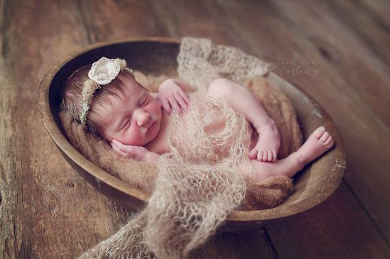 Cd4388d2be5df05c9f4a2a7f92266536 photography tutorials newborn photography props jpg