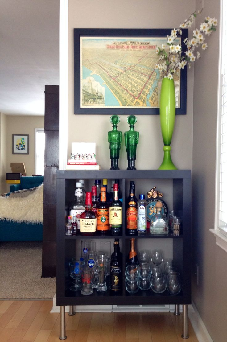 Ikea expedit turned bar organize decorate for Mini bar decorating ideas