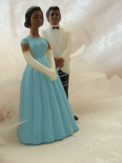 Gorgeous+Vintage+Wedding+Cake+Topper+by+reginasstudio+on+Etsy,+$9.99. Wedding cake topper