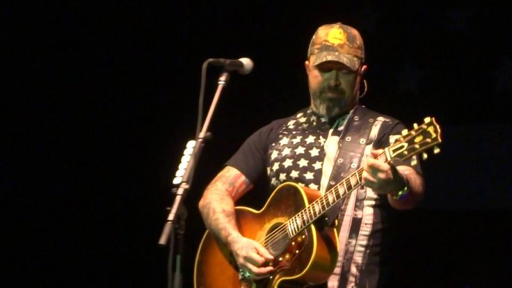 Aaron Lewis - Tangled Up In You (Staind song) - Sands Event Center, Bethlehem, PA-2/11/16 - YouTube