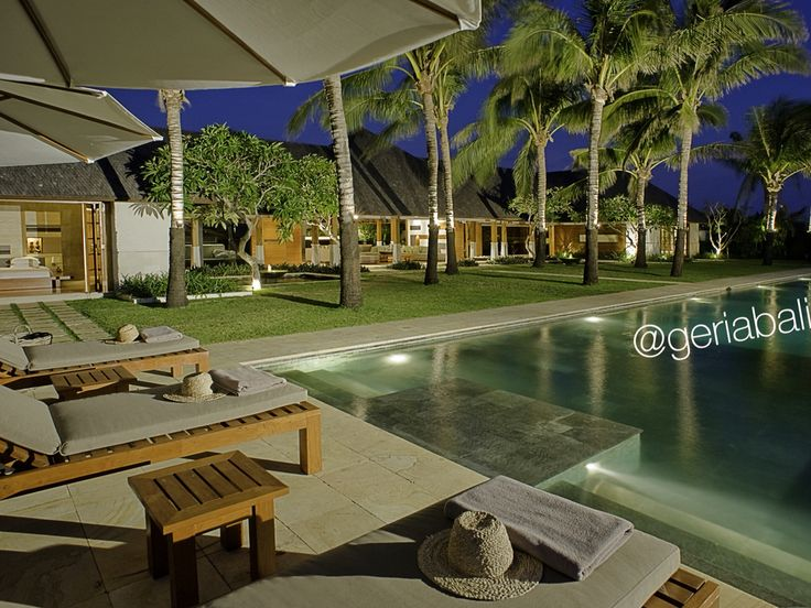 Want to have a really really good night? Spend your nights at this spectacular 4 bedroom cliff front ocean view villa in southern part of Bali.  Great holiday comes with great selection of villas from us.  #luxury #luxurybalivoucher #balivilla #baliluxuryvilla #luxurybali #balibible #geriabali #privatevilla #beautifulvilla #summer #holiday #vacation #tropical #property #propertyagentbali #propertyagent #luxurybalivilla #uluwatu #beach #balibeach #spa #balispa #oceanview