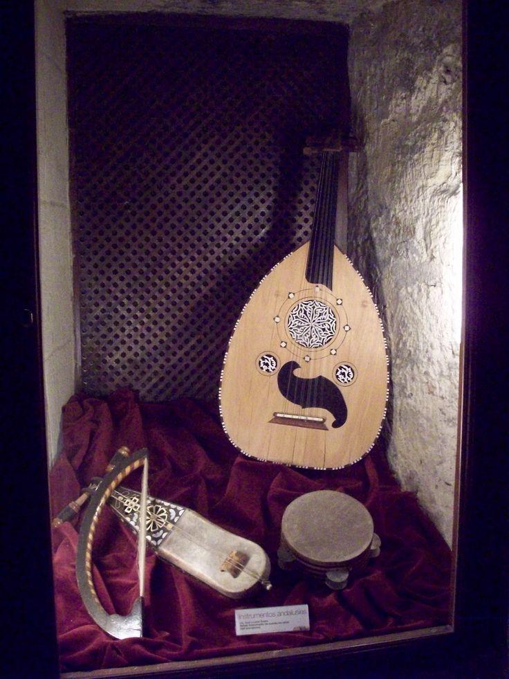 Instrumentos andalusíes. Museo Vivo de Al-Andalus. Torre de Calahorra, Córboba.