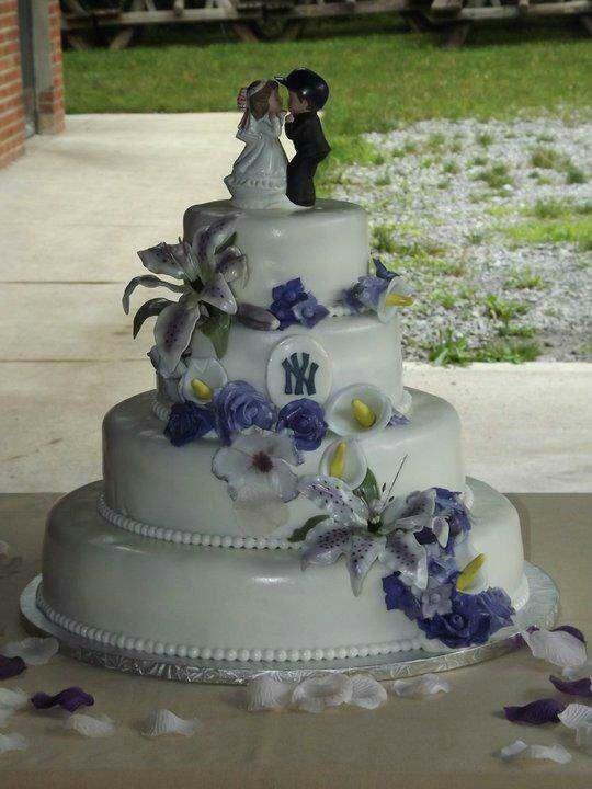 36 Best Images About New York Yankees Wedding Ideas On