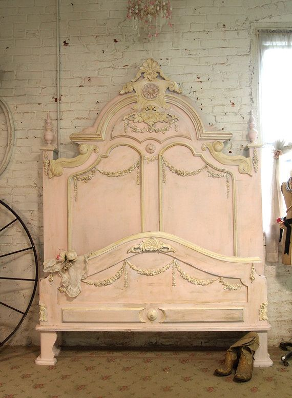 Painted Cottage Chic Shabby French Bed BD21 por paintedcottages