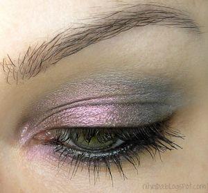iridescent eyeshadow