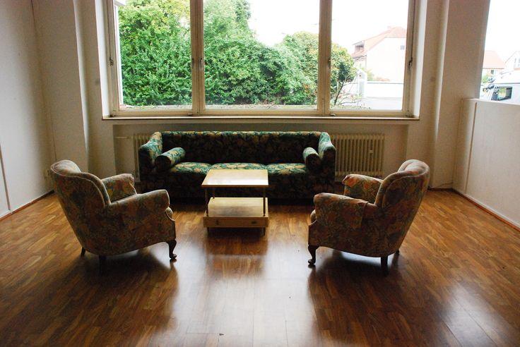 bequemes sofa und 2 sessel alte m bel old furniture pinterest. Black Bedroom Furniture Sets. Home Design Ideas