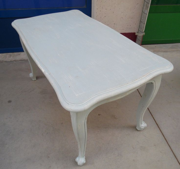 Tavolino da salotto provenzale laccato azzurro pastello lato 90 h 47 cm