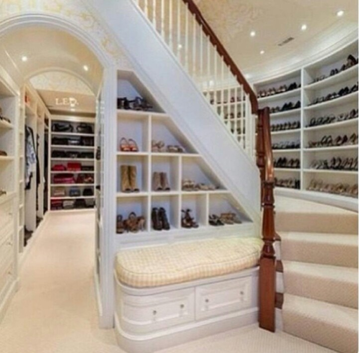 Huge Walk In Closet With Lots Of E For My Shoes Bab