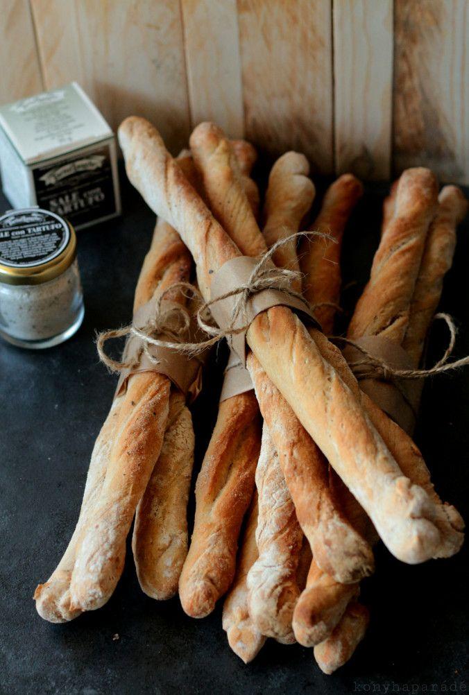 Szarvasgombás kenyér rudak