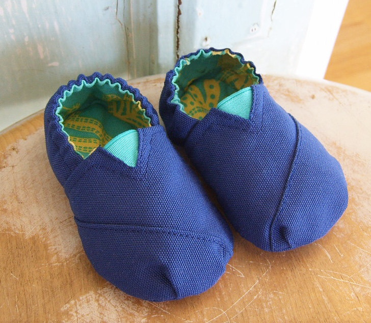 DIY Baby Shoes Sewing Pattern