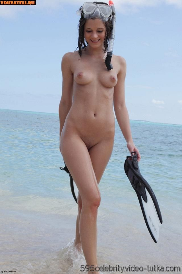 Sexy sports naked girl