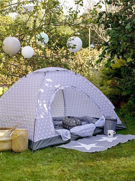Outdoor Teppich grau/weiß Sterne von Bloomingville