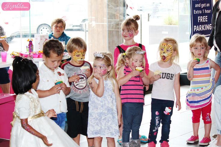Victoria celebrated her 3rd birthday at Wakaberry Westville this past weekend. For more information on Waka Parties : http://www.wakaberry.co.za/waka-parties/