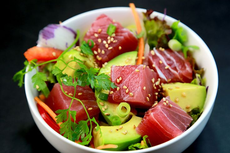 Have you ever wondered how to make an ahi tuna poke bowl like a true hawaiian local? Look no further as we've composed the best ahi tuna poke recipe here at Knowzo.com!