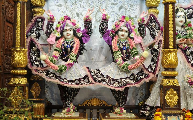 To view Gaura Nitai Wallpaper of ISKCON Chowpatty in difference sizes visit - http://harekrishnawallpapers.com/sri-sri-nitai-gaurachandra-wallpaper-018/