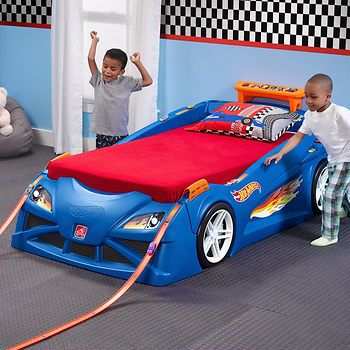 HOT WHEELS TODDLER TO-TWIN RACE CAR BED