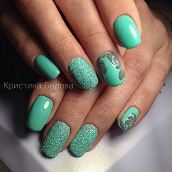Like we can see these bright shades of green can be very seductive and elegant especially with these elegant patterns.