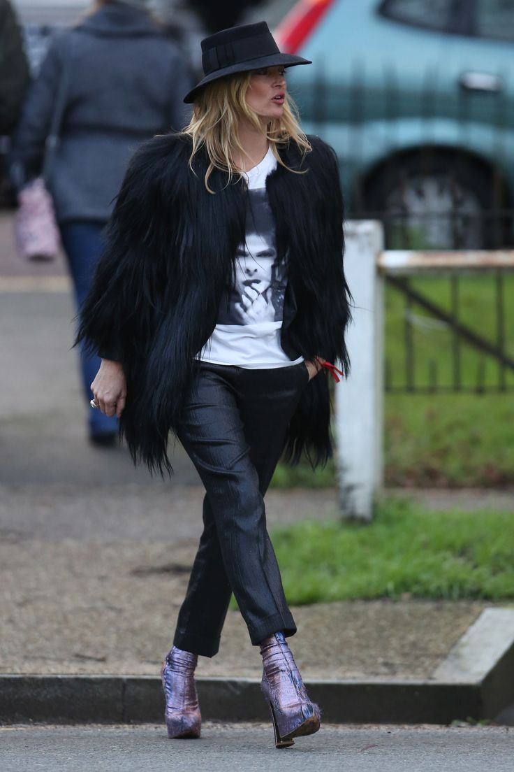 Fashion look from january 2016 featuring pink opaque tights round - Kate Moss S Best Street Style Moments