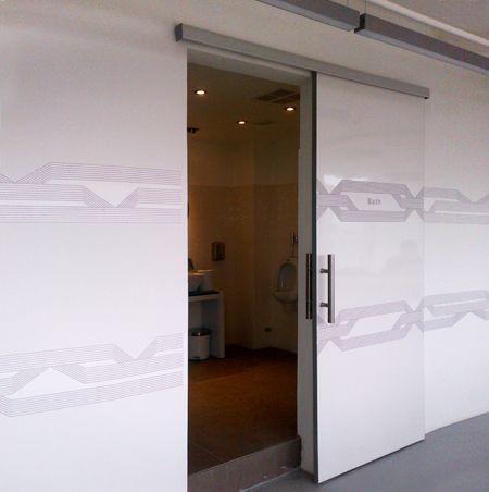 Sistema corredizo colgante con freno para puertas de - Puertas correderas colgantes ...