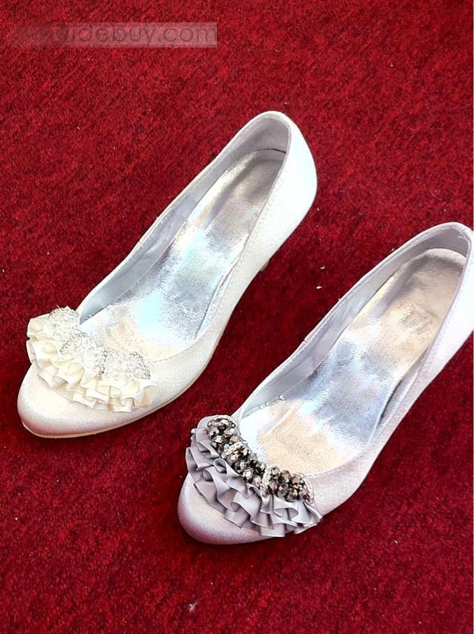 高品質のアッパー 中ヒール クローズドトゥ ラインストーン付き結婚式ウェディング靴