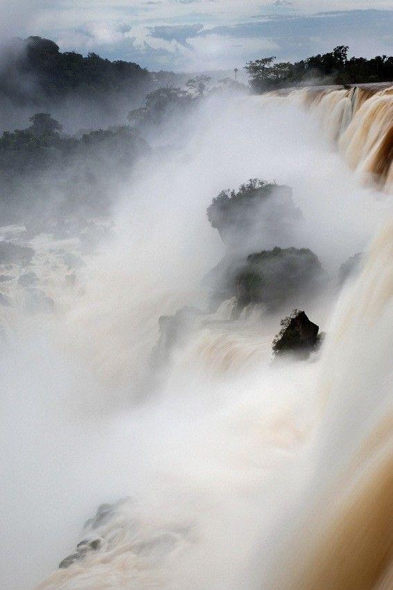 Salto Mbigua - one of numerous waterfalls at Iguazu Falls, Argentina.