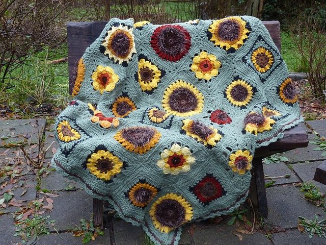 17 Best images about Crochet - Sunflowers on Pinterest ...