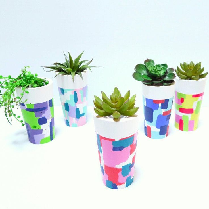 Teacher Presents   Stuck for an idea for presents for teachers/child carers at the end of the year? Our concrete planters are the perfect solution! Plant them with easy care succulents  and the teachers will have something for their desk the whole year!  For those in the Hills District of Sydney we can plant a succulent for you if you're not a green thumb. It's an extra $5 per planter but with our Black Friday sale this weekend you can enjoy 30% off! #harrisonandco #harrisonandcostyle…