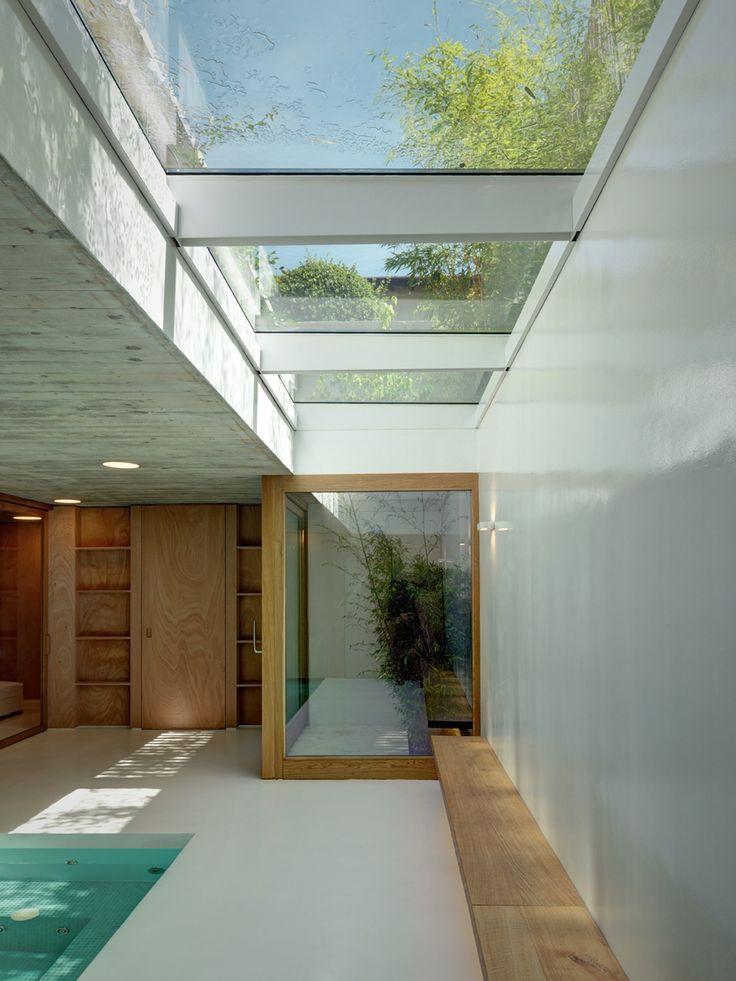 CASA RBS by Marco Ortallli Architects. Photo © Marcello Mariana
