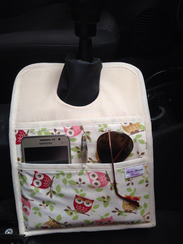 Lixeira para carro com porta acessório... Pratica, útil e linda!!! #nadecorartem