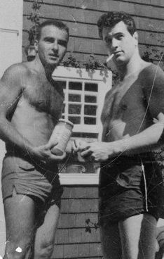 Montgomery Clift & Rock Hudson. In all my reading about these two, I've never read about them being friends or even acquaintances.