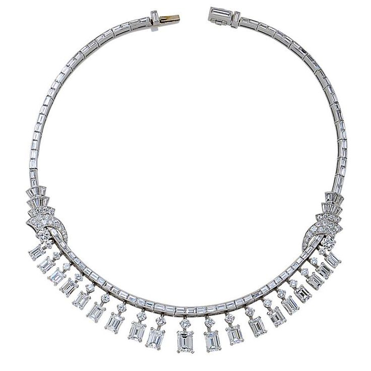 Buy online, view images and see past prices for Important GIA Certified Emerald Cut Diamond Platinum Fringe Necklace. Invaluable is the world's largest marketplace for art, antiques, and collectibles.