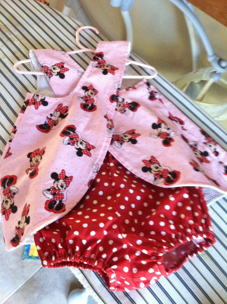 Swing Back Minnie Mouse pinafore