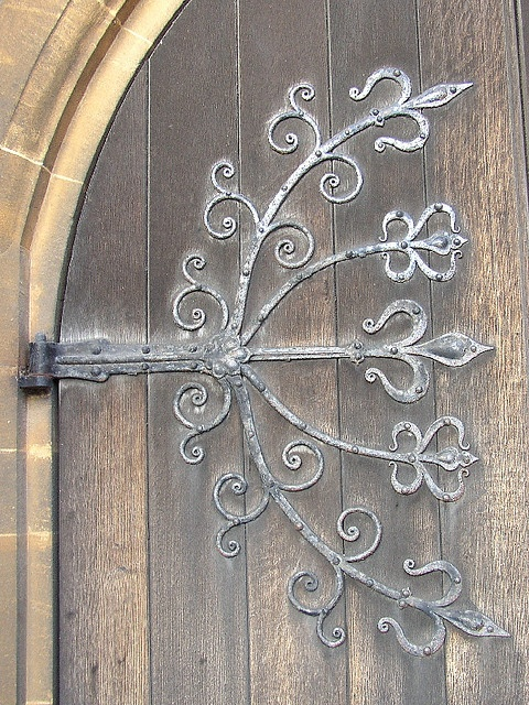 The treatment of the wrought ironwork hinges on each door of the church was very different. & 146 best door hinges images on Pinterest | Arquitetura French ...