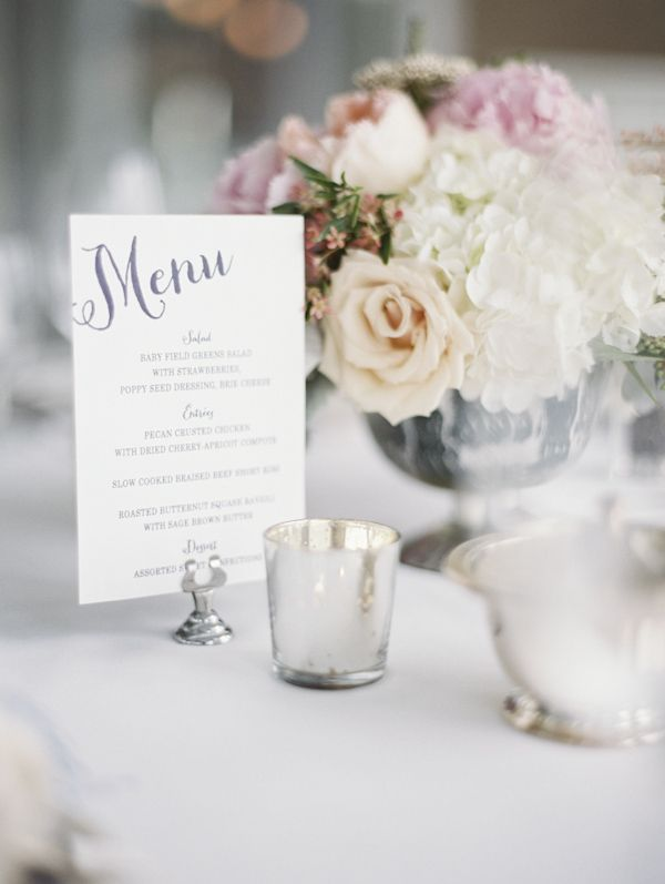 clean and crisp table decor, floral design by Munster Rose, photo by Geneoh Photography | via junebugweddings.com