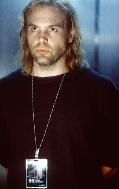 Vincent D'Onofrio as Whitney in The Thirteenth Floor ...