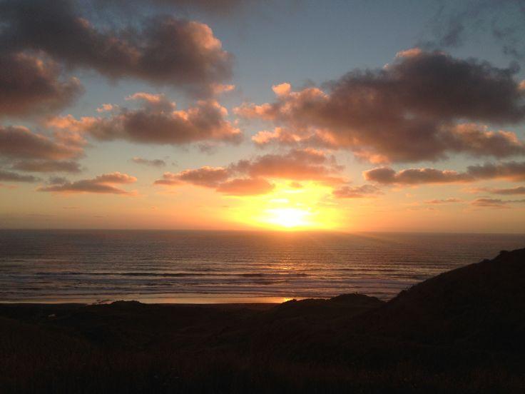 Ruapuke Beach, Raglan NZ