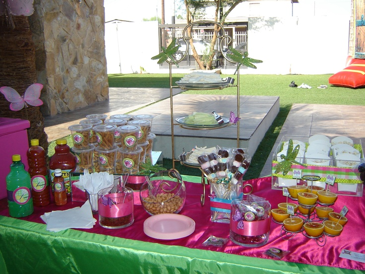 Mesa de botanas incluye verduras frituras palomitas - Tipos de mesas ...