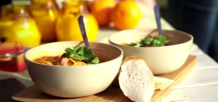 Met de COOX stove kun je heerlijke gezonde en verantwoorde gerechten maken zoals de COOX Paprika Soep, een lekkere geroosterde paprika soep met rivierkreeftjes en zoete yoghurt. www.cooxstove.nl