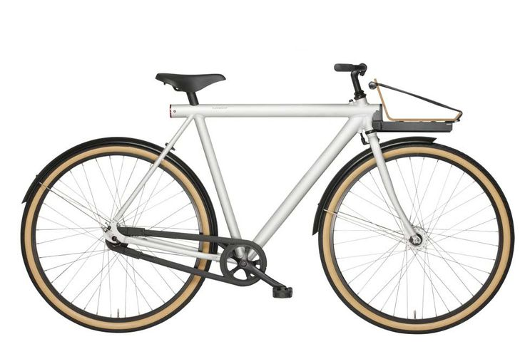 VanMoof X Huys bicycle with bamboo front carrier. #